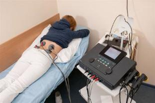 Electrophoresis is attributable to patients for the treatment of lower back pain and relieve inflammation